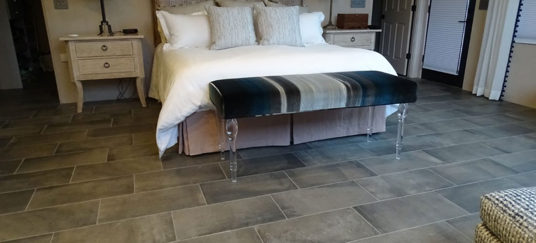 12x24-Porcelain-Tile,-Walsh-Residence,-Tucson