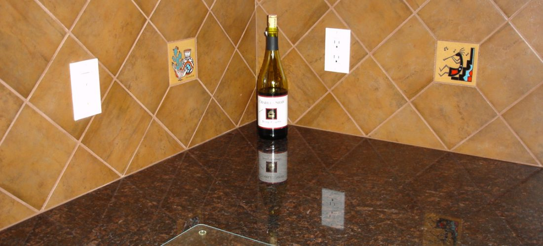 6x6-ceramic-tile-diagonal-on-kitchen-backsplash,-granite-countertops,-deco-tile,-tucson