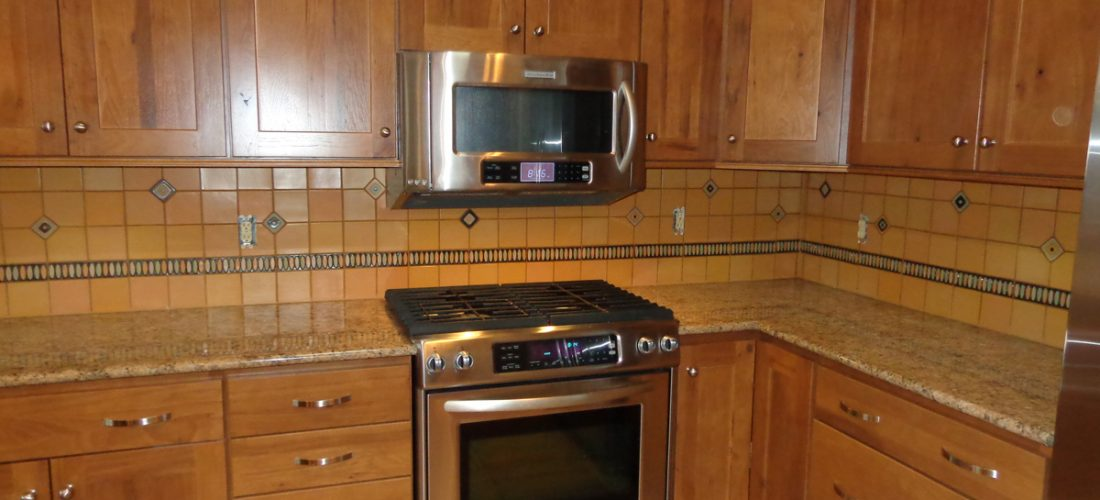 Ceramic-Deco-Tile-Kitchen-Backsplash,-Tucson