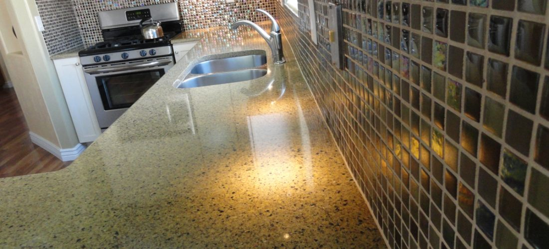 Mosaic-Glass-Tile-Kitchen-Backsplash,-Tucson