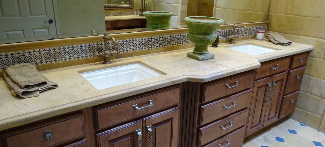 bathroom-vanity-cabinets,-tile-backsplash,-tucson