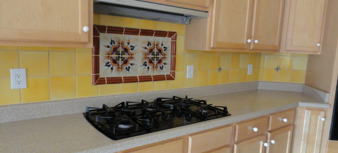 kitchen-backsplash-tile-with-deco-above-stove,-tucson