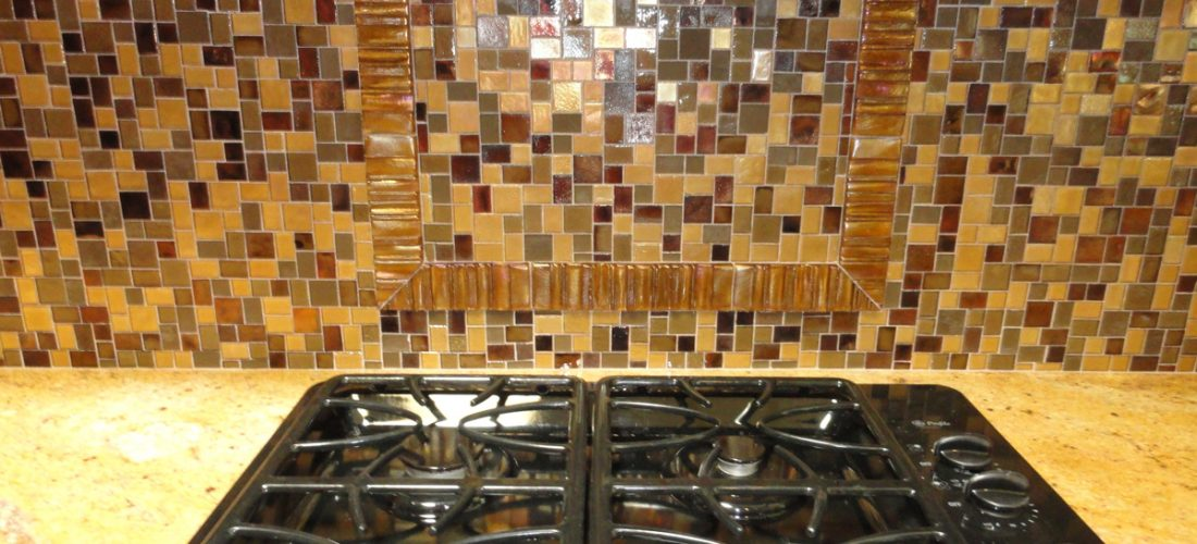 oceanside-glass-tile-on-kitchen-backsplash,-tucson