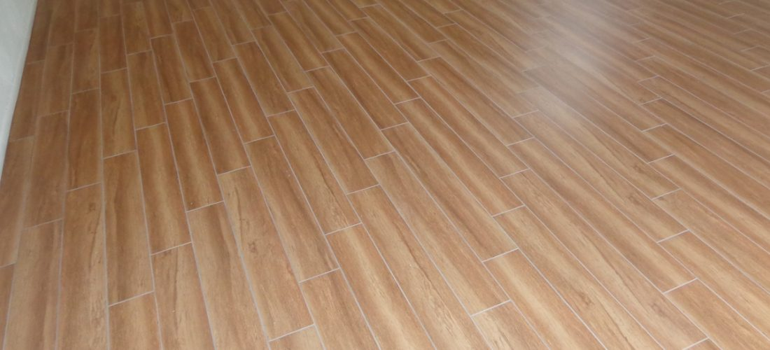 porcelain-plank-wood-look-tile,-tucson
