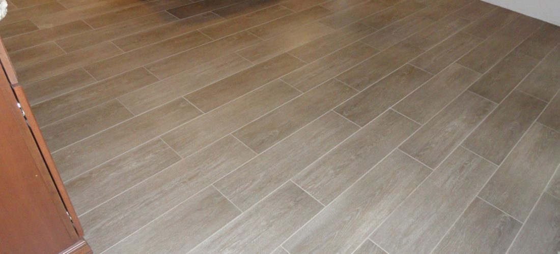 porcelain-wood-plank-tile,-tucson